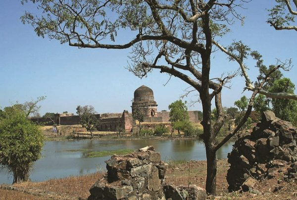 Mandu-11  Enchanting Madhya Pradesh | Madhya Pradesh| Travel Agency in India| Tour Operator in India | Best Travel Agents in Madhya Pradesh | enchantingmadhyapradesh.com