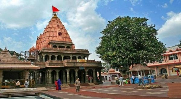 sri-mahakaleshwar-temple- Enchanting Madhya Pradesh | Madhya Pradesh| Travel Agency in India| Tour Operator in India | Best Travel Agents in Madhya Pradesh | enchantingmadhyapradesh.com